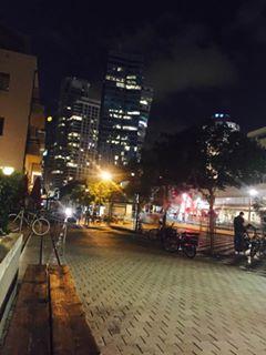 רוטשילד בלילה